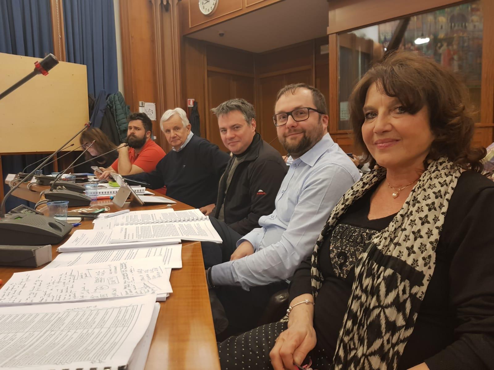 Nuove spaccature nel centrodestra goriziano. Il PD lascia i lavori consiliari per solidarietà ai colleghi